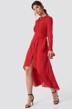 Rotes Kleid kombinieren so gelingt dir ein stylischer Look