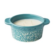 The Pioneer Woman 8 oz Ceramic Cocotte Vanilla Frosting Candle